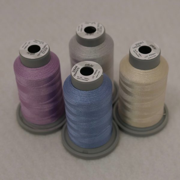 Checkered Square Coordinating Glide Thread Collection