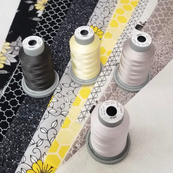 build a quilt coordinating thread collection